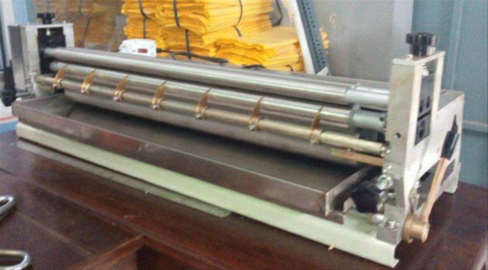 Mesin Lem Kertas Bekas Untuk Kebutuhkan Daur Ulang Kertas