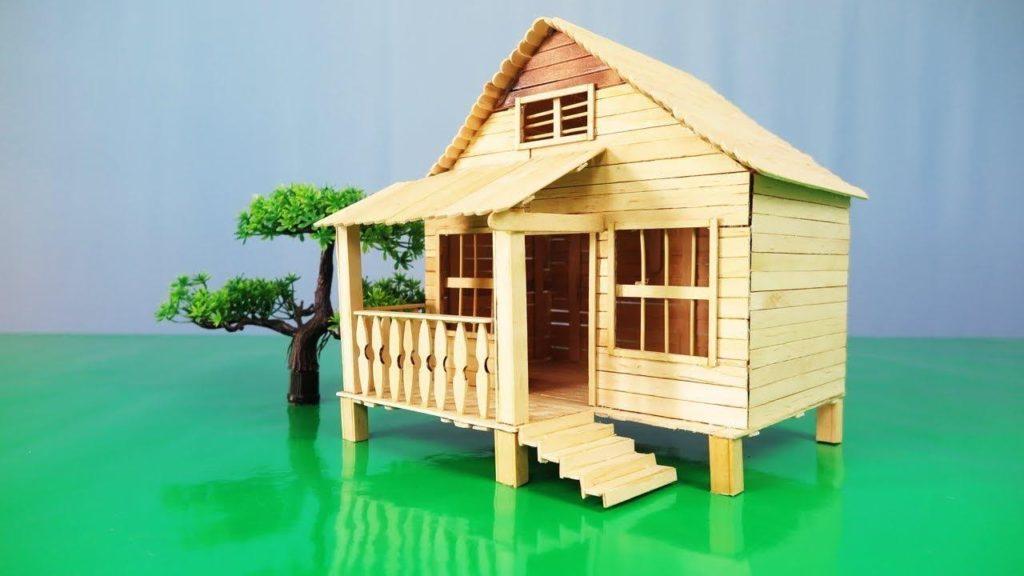 miniatur rumah dari kardus dan stik