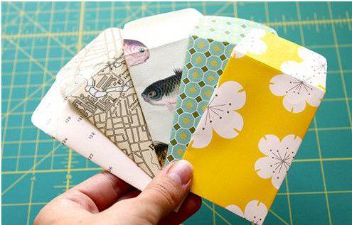 cara membuat amplop lebaran dari kertas kado